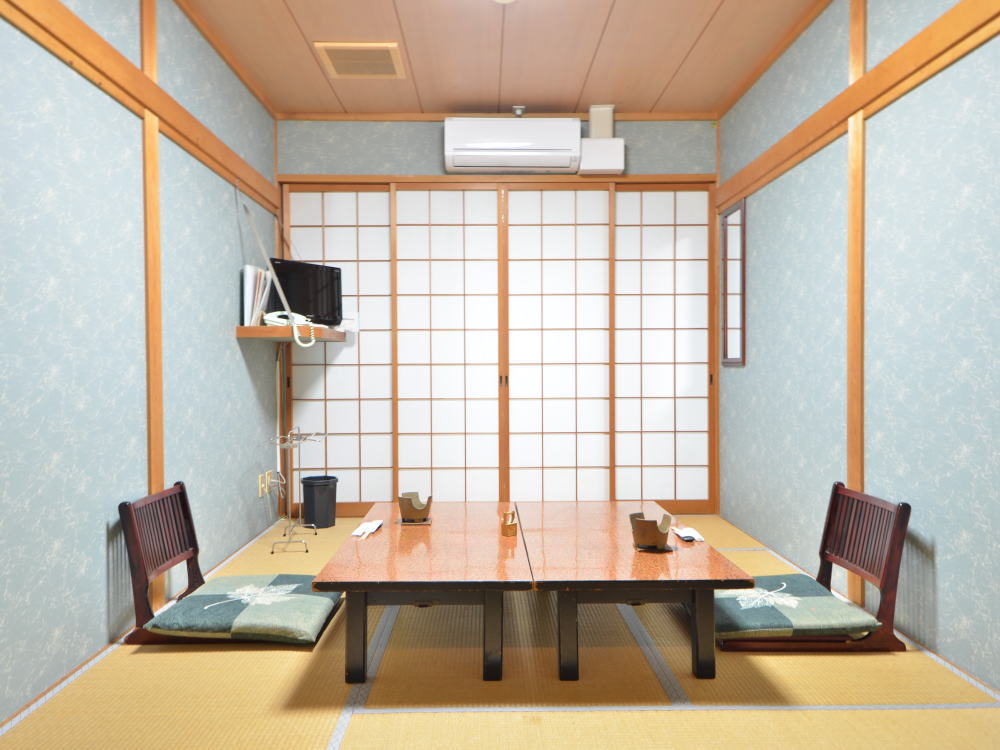 Japanese style room (7.5 tatami mat without bath toilet)
